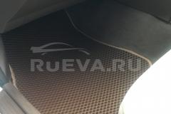 Nissan_Laurel_RuEVA_avtokovriki_2