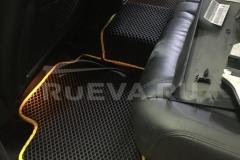 Volkswagen_Touareg_NF_RuEVA_avtokovriki_3
